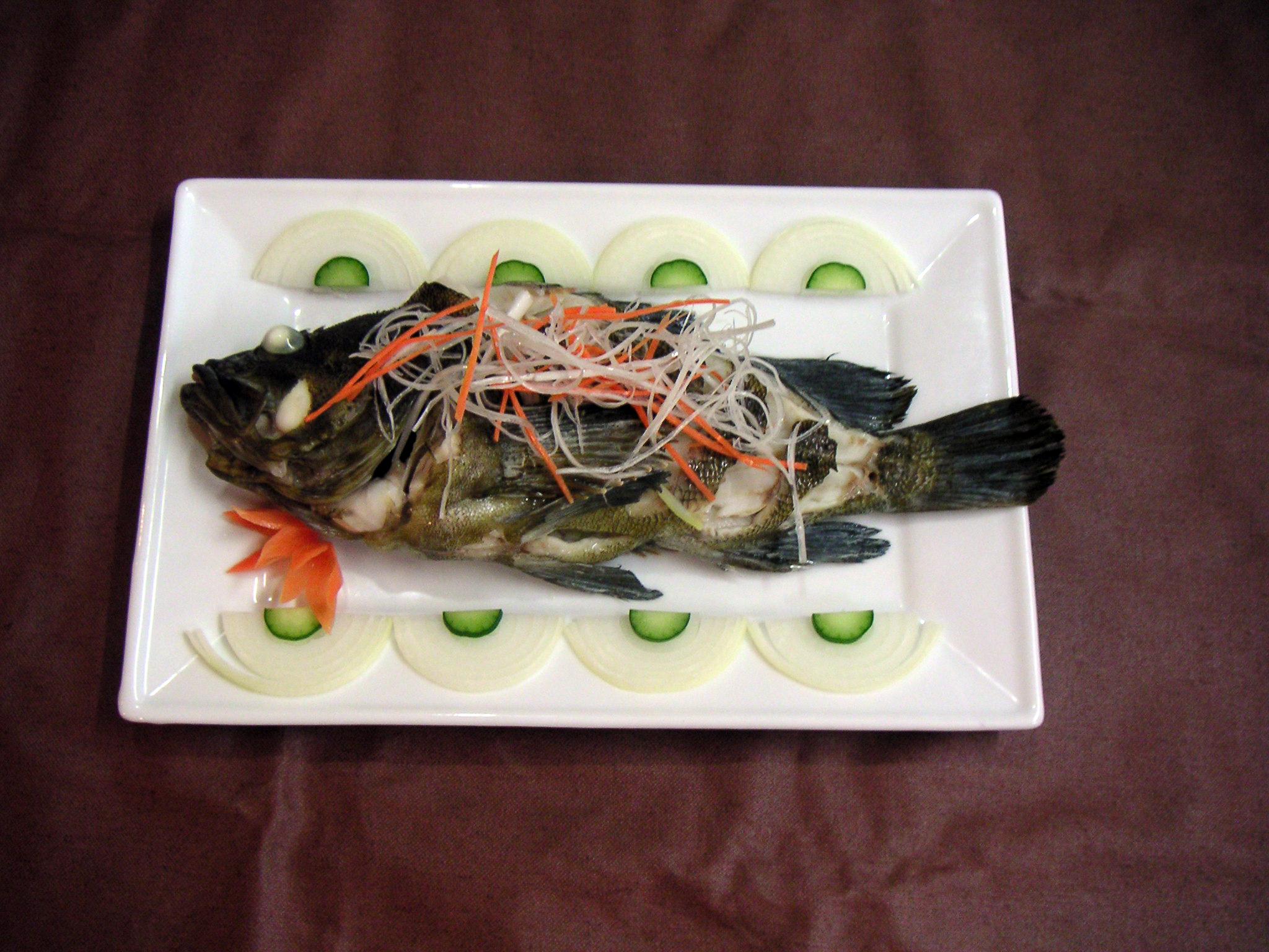 【清蒸魚】旬の魚の蒸しあげ